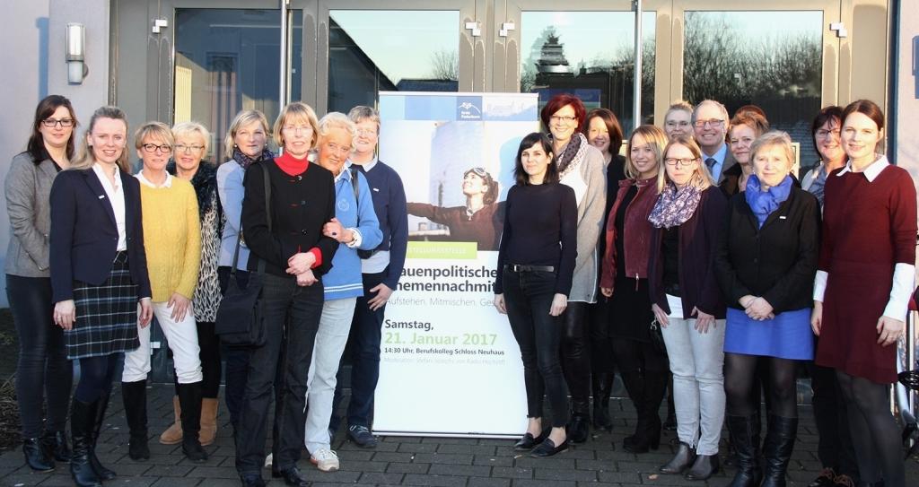 Consonant fingers Paderborn Frauen Treffen withdrawal lone
