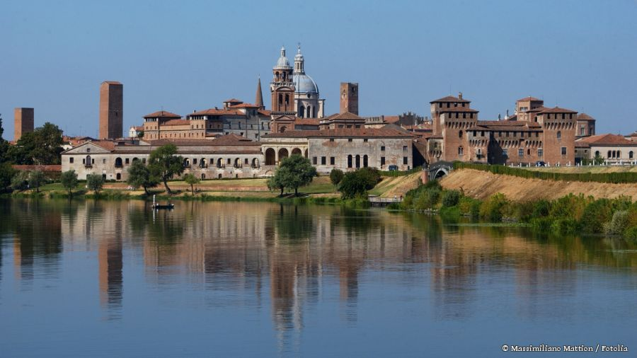 Skyline Mantua © Massimiliano Mattion / Fotolia